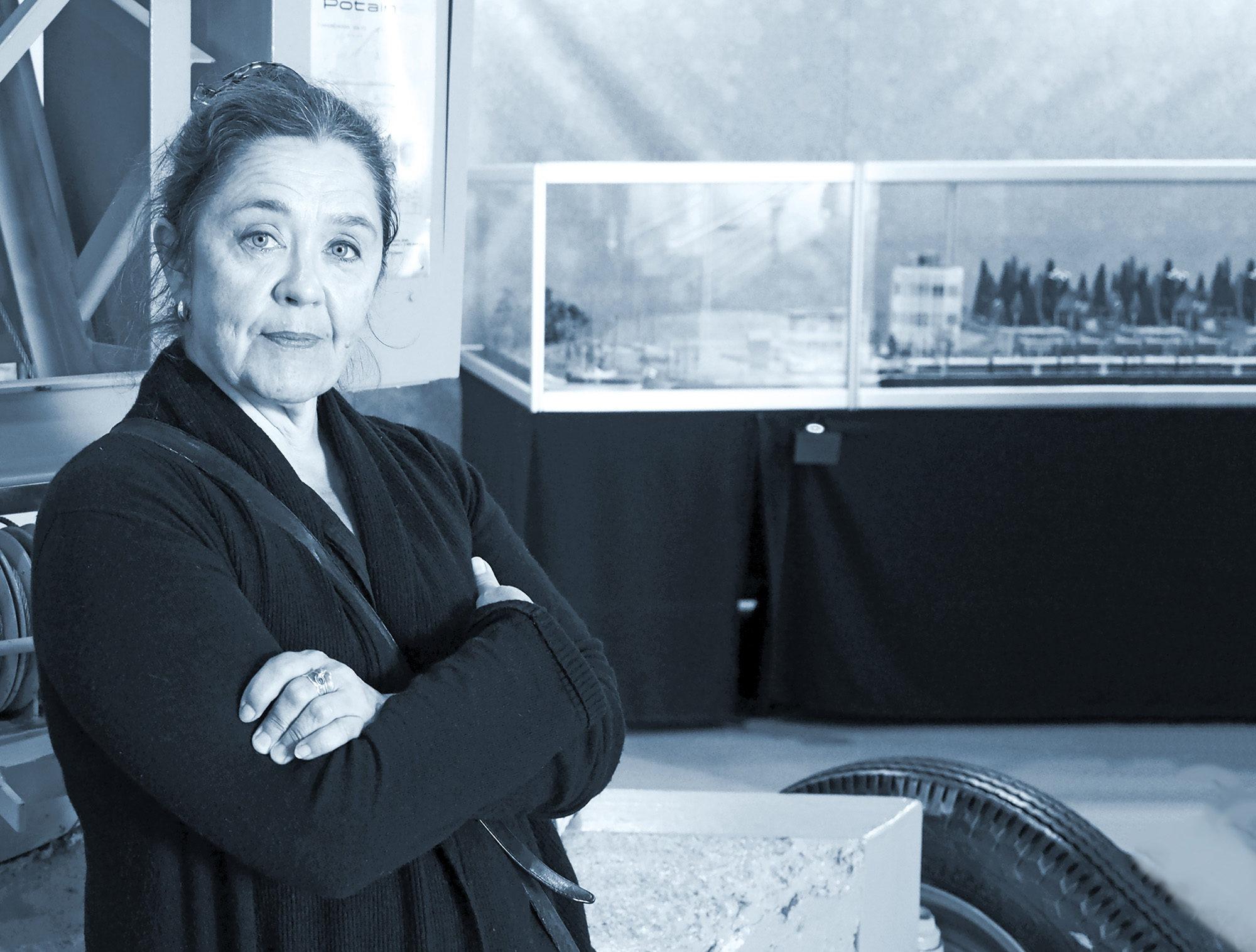 Näyttelyarkkitehti  Taina Väisäsen kädenjälkeen pääsee tutustumaan Tekniikan museossa, kun museon uusi perusnäyttely Tekniikan maa avautuu 10. lokakuuta. Näyttely  esittelee kokonaisvaltaisesti teknologian merkitystä ja kehitystä Suomessa.