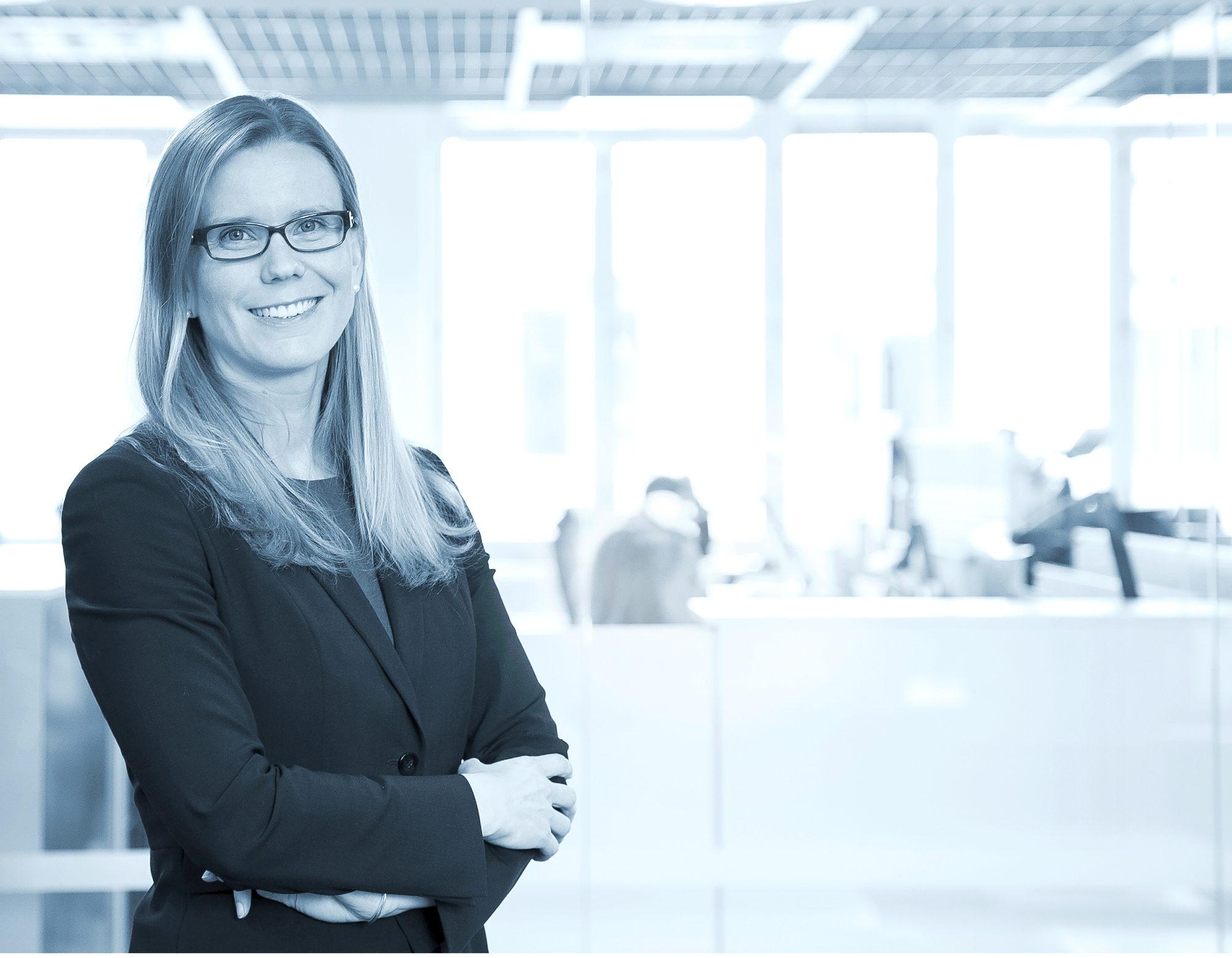 Pia Kåll tekee vaativaa työtä, mutta haluaa olla mukana myös ammattikunnan yhteisellä asialla. Tämän vuoden alusta hän on toiminut ruotsinkielisen diplomi-insinöörien ja arkkitehtien järjestön Tekniska Föreningen i Finland (TFiF) puheenjohtajana.