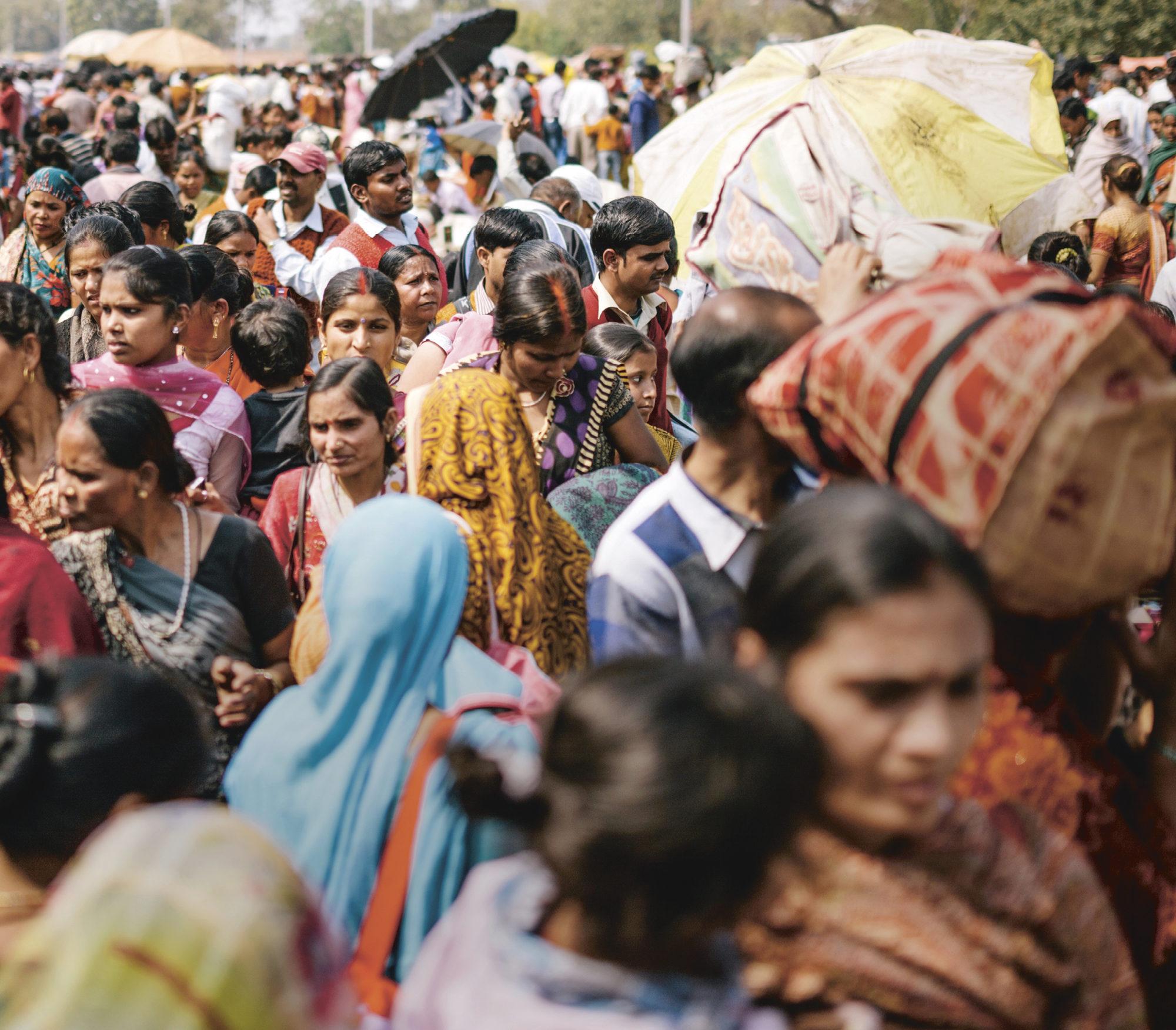 Intia on ikivanha sivilisaatio, jossa eri kulttuurit, uskonnot ja tavat kietoutuvat nykypäivään.