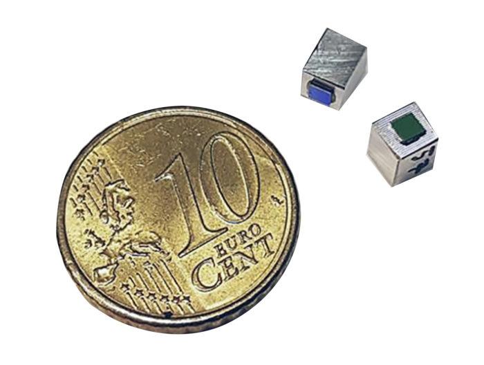 Väitöstyössä käytetyt laser-valonlähteet ovat varsin pienikokoisia.