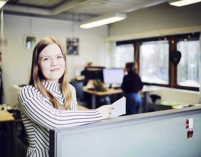 Ylioppilaskunnan tilat ovat toistaiseksi Hervannassa Konetalossa, mutta Sajaniemi käy töiden puolesta myös usein keskustan ja Kaupin kampuksilla.