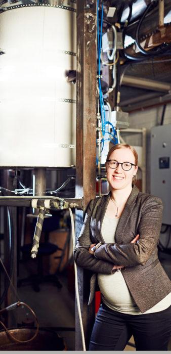 Tampereen yliopistossa on paljon kokemusta koelaitteistojen rakentamisesta. – Oli valtavan palkitsevaa, kun saimme tämän laitteiston toimimaan ja halutut testit tehtyä, Tiina Keipi sanoo.