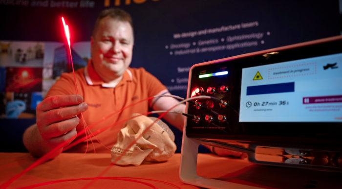 Toimitusjohtaja Seppo Orsilan mukaan Modulightin lasereilla voidaan hoitaa potilaita, jotka eivät selviäisi perinteisistä syöpähoidoista hengissä. Kun valokuitu ohjataan suoraan esimerkiksi potilaan aivoihin ja kasvaimeen, kirurgin ei tarvitse leikellä isoja paloja pois.